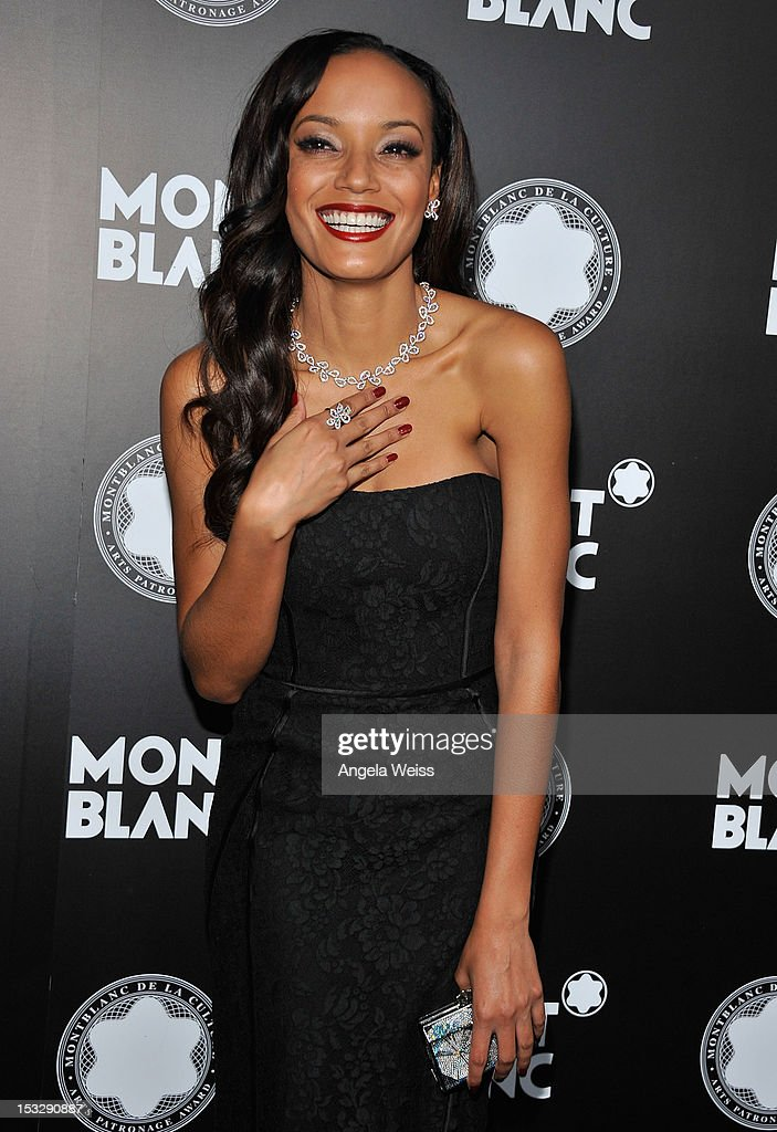 Supermodel Selita Ebanks arrives at Montblanc's 2012 Montblanc de la Culture Arts Patronage Award Ceremony honoring Quincy Jones at Chateau Marmont on October 2, 2012 in Los Angeles, California.