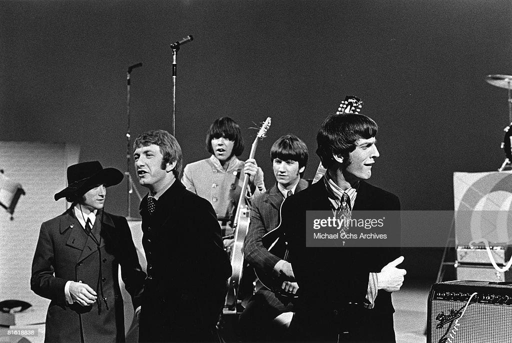 Superstar group 'Buffalo Springfield' perform on a TV show in 1967. (L-R) Stephen Stills, Dewey Martin, Neil Young, Richie Furay, Jim Fielder.