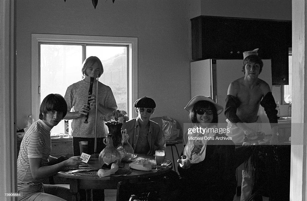 Superstar group 'Buffalo Springfield' relax inside their house on October 30, 1967 in Malibu, California. (L-R) Richie Furay, Stephen Stills, Bruce Palmer, Neil Young, Dewey Martin, .