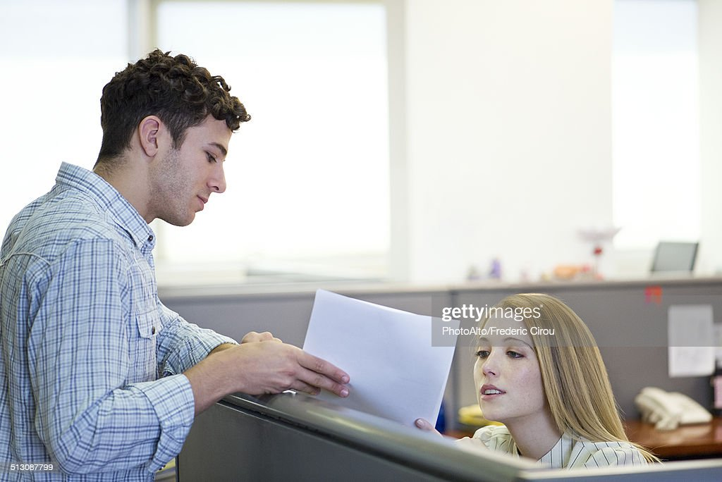 Supervisor explaining assignment to temp worker