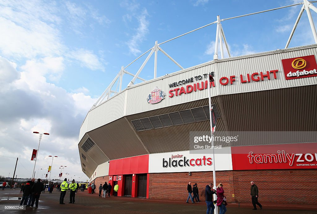 Supporters arrive at the stadium prior to the Barclays Premier League match between Sunderland and Manchester United at the Stadium of Light on February 13, 2016 in Sunderland, England.