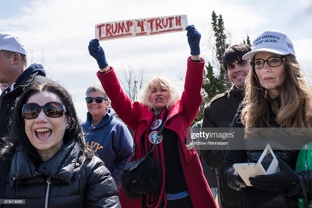 Supporters arrive for Republican presidential candidate Donald Trump's campaign rally at Grumman Studios on April 6, 2016 in Bethpage, New York. The rally comes ahead of the New York primary on April 19.