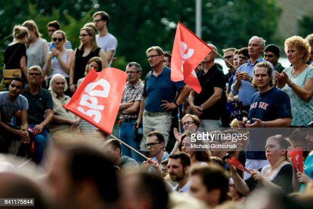 Supporters attend a campaign event of Martin Schulz SPD Party Leader and Top Candidate for 2017 Federal Election on August 30 2017 in Bielefeld...