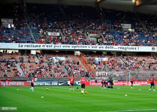 Supporters du PSG Banderole PSG / Lille 37eme journee de Ligue 1