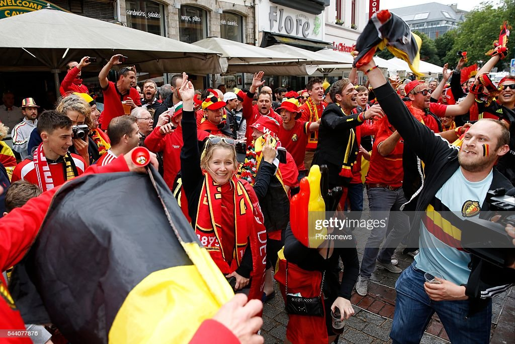 supporters in the city center of Lille before the UEFA EURO 2016 quarter final match between Wales and Belgium on July 01, 2016 in Lille, France , 1/07/2016