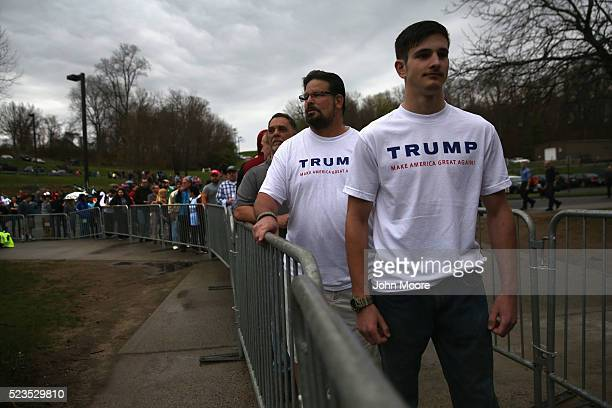 Supporters line up to see Republican Presidential frontrunner Donald Trump at a campaign rally on April 23 2016 in Waterbury Connecticut Supporters...