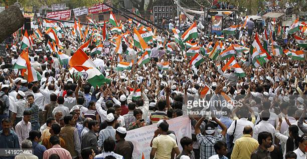 Supporters of anticorruption activist Anna Hazare gather during his daylong fast at at Jantar Mantar on March 25 2012 in New Delhi India Team Anna...