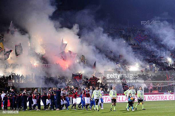 Supporters of Bologna FC are seen as the players walk on the pitch during the Serie A match between Bologna FC and Empoli FC at Stadio Renato...