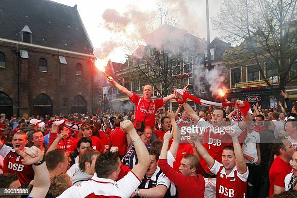 Supporters of Dutch soocerteam AZ Alkmaar celebrate the championship at the Waag square in Alkmaar on April 19 2009 in the Netherlands AZ Alkmaar...