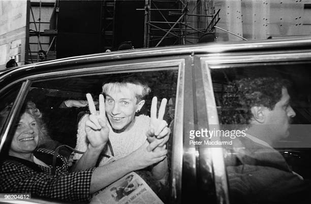 Supporters of Gerry Conlon one of the 'Guildford Four' leave the Old Bailey London after the sentences in the case were quashed 19th October 1989...