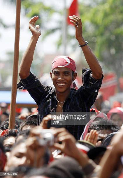 Supporters of Partai Aceh or the Aceh Party arrive in Banda Aceh to attend an election campaign on April 1 2009 Indonesia will hold parliamentary...