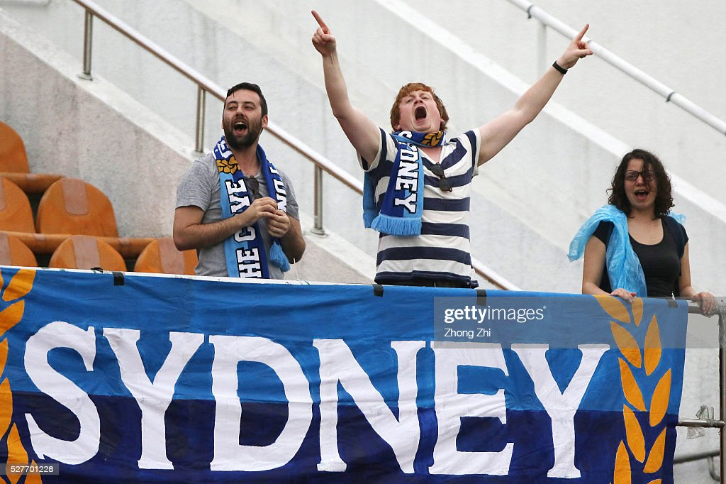 Supporters of Sydney FC cheer during the AFC Asian Champions League match between Guangzhou Evergrande FC and Sydney FC at Tianhe Stadium on May 3, 2016 in Guangzhou, China.