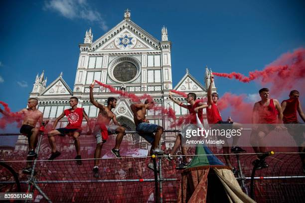 Supporters of the Santa Maria Novella Rossi team during the final match against the Santo Spirito Bianchi team on June 24 2017