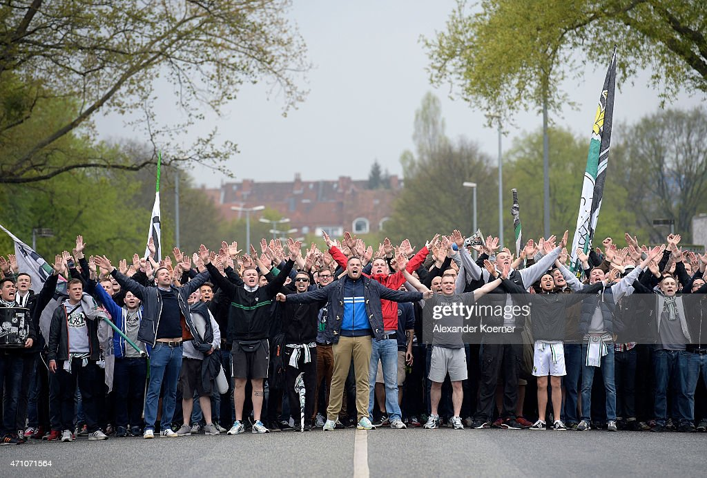 Hannover 96 Ultras Return To The HDI Arena After An ...