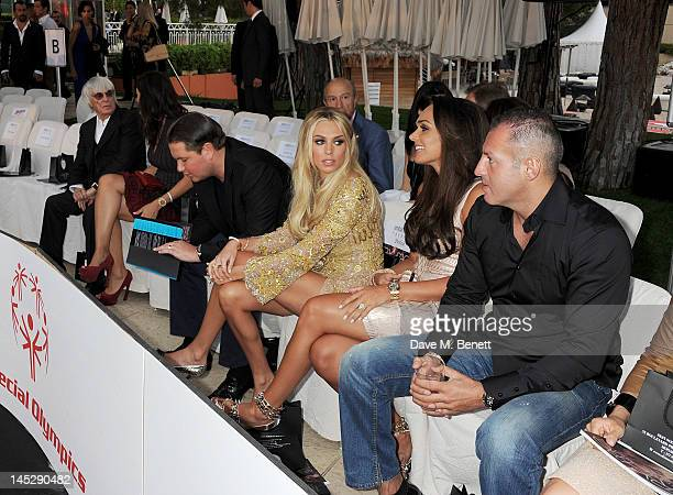 F1 Supremo Bernie Ecclestone Fabiana Flosi James Stunt Petra Ecclestone Tamara Ecclestone and Omar Khyami attend a cocktail reception during Amber...