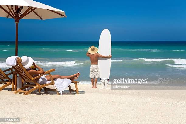 サーフィンをご覧ください。