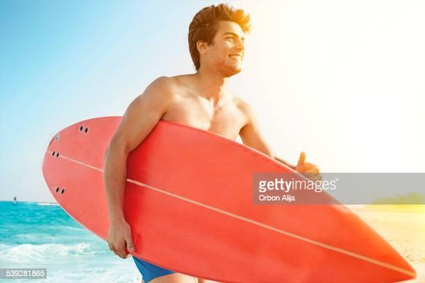 ビーチのサーファー
