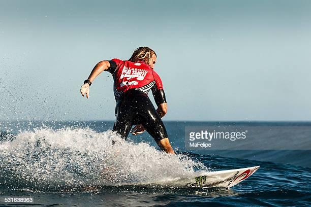 Surfeur Owen Wright surf 2014 Billabong Pro Tahiti