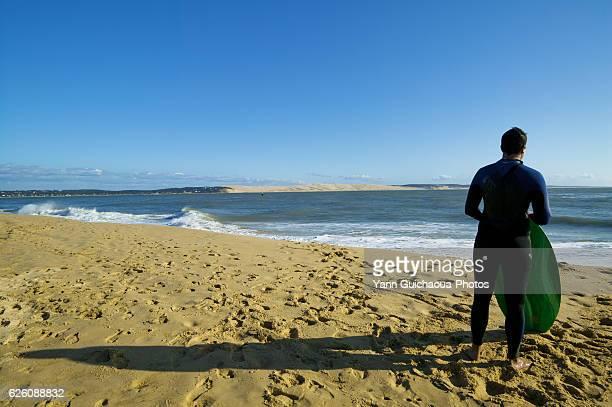 Surfers, Cap Ferret, Atlantic Ocean, Aquitaine, France