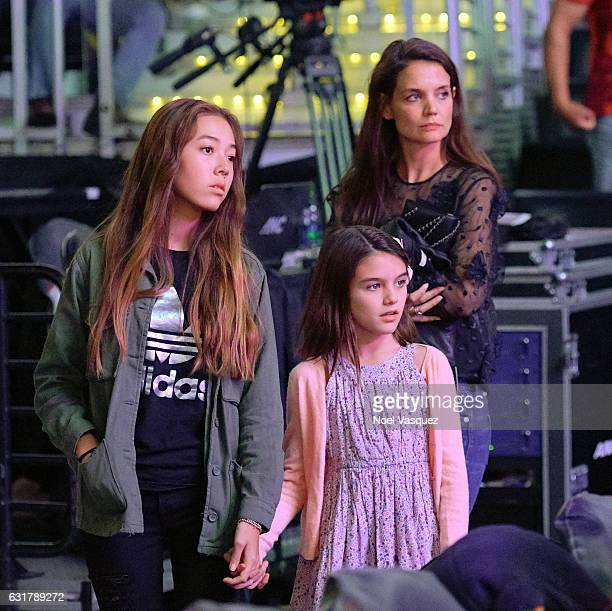 Suri Cruise and Katie Holmes attend a basketball game between the Detroit Pistons and the Los Angeles Lakers at Staples Center on January 15 2017 in...