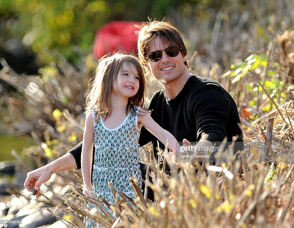 Tom Cruise, Katie Holmes & Suri Cruise Visit Charles River Basin