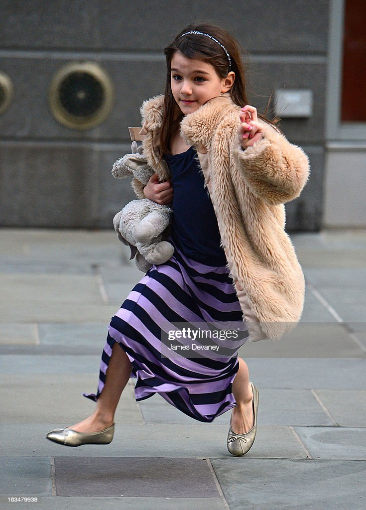 <a gi-track='captionPersonalityLinkClicked' href=/galleries/search?phrase=Suri+Cruise&family=editorial&specificpeople=4029470 ng-click='$event.stopPropagation()'>Suri Cruise</a> seen on the streets of Manhattan on March 10, 2013 in New York City.