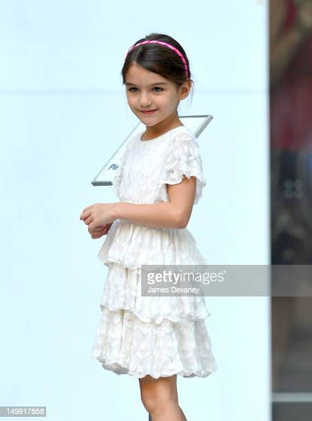 Suri Cruise visits Museum of Modern Art on August 6 2012 in New York City