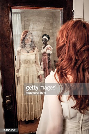 Surprising ghostly reflection in the mirror