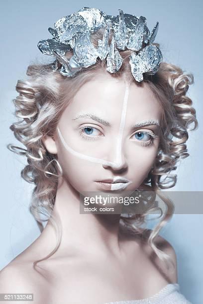 Mode femme surréaliste