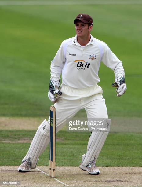 Surrey wicketkeeper Steve Davies during the LV County Championship Division Two match at New Road Worcester
