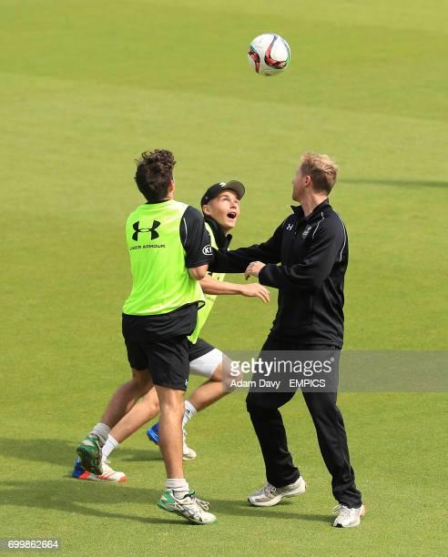 Surrey's Sam Curran and Gareth Batty during the warmup