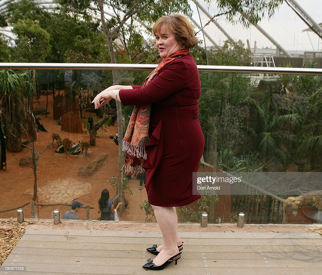 Susan Boyle imitates a kangaroo skipping during a visit to WILD LIFE Sydney on November 6 2011 in Sydney Australia This is Susan's first visit to...