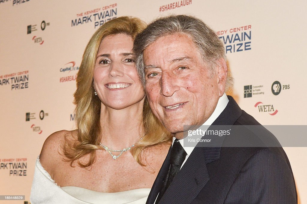 Susan Crow and Tony Bennett pose on the red carpet during The 16th Annual Mark Twain Prize For American Humor at John F. Kennedy Center for the Performing Arts on October 20, 2013 in Washington, DC.