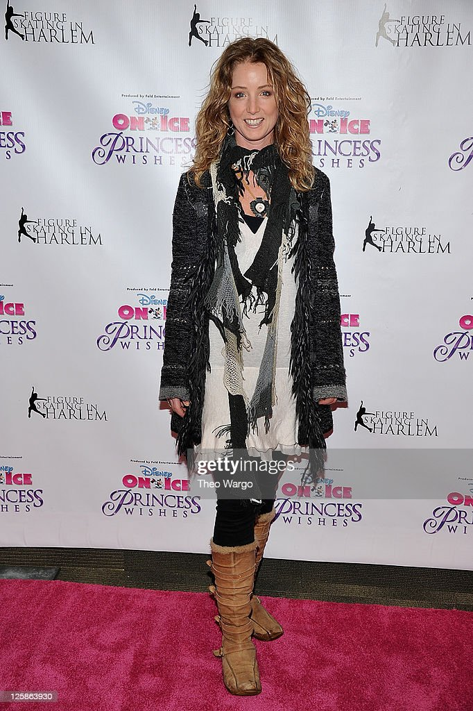 <a gi-track='captionPersonalityLinkClicked' href=/galleries/search?phrase=Susan+Haskell&family=editorial&specificpeople=5040821 ng-click='$event.stopPropagation()'>Susan Haskell</a> attends 'Disney On Ice Presents Princess Wishes' opening night at Madison Square Garden on January 21, 2011 in New York City.