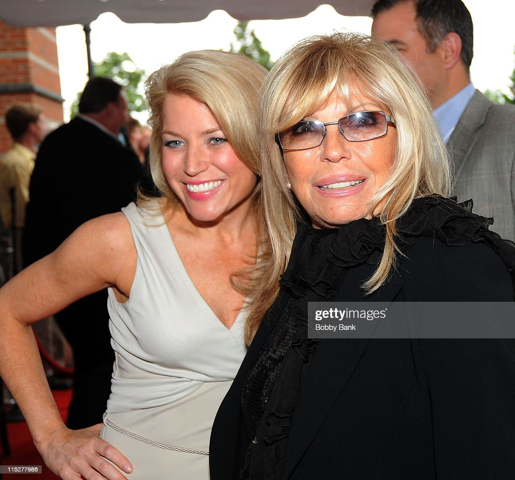 Susan Hendricks and <a gi-track='captionPersonalityLinkClicked' href=/galleries/search?phrase=Nancy+Sinatra&family=editorial&specificpeople=92186 ng-click='$event.stopPropagation()'>Nancy Sinatra</a> attends the 2011 New Jersey Hall of Fame Induction Ceremony at the New Jersey Performing Arts Center on June 5, 2011 in Newark, New Jersey.