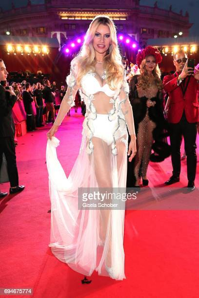 Susan Holmes McKagan wife of Duff McKaga member of the band Guns'N'Roses during the Life Ball 2017 at City Hall on June 10 2017 in Vienna Austria