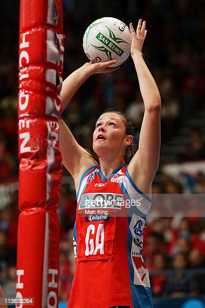 Susan Pratley of the Swifts shoots during the ANZ Championship Semi Final match between the Swifts and the Mystics at Sydney Olympic Park Sports...