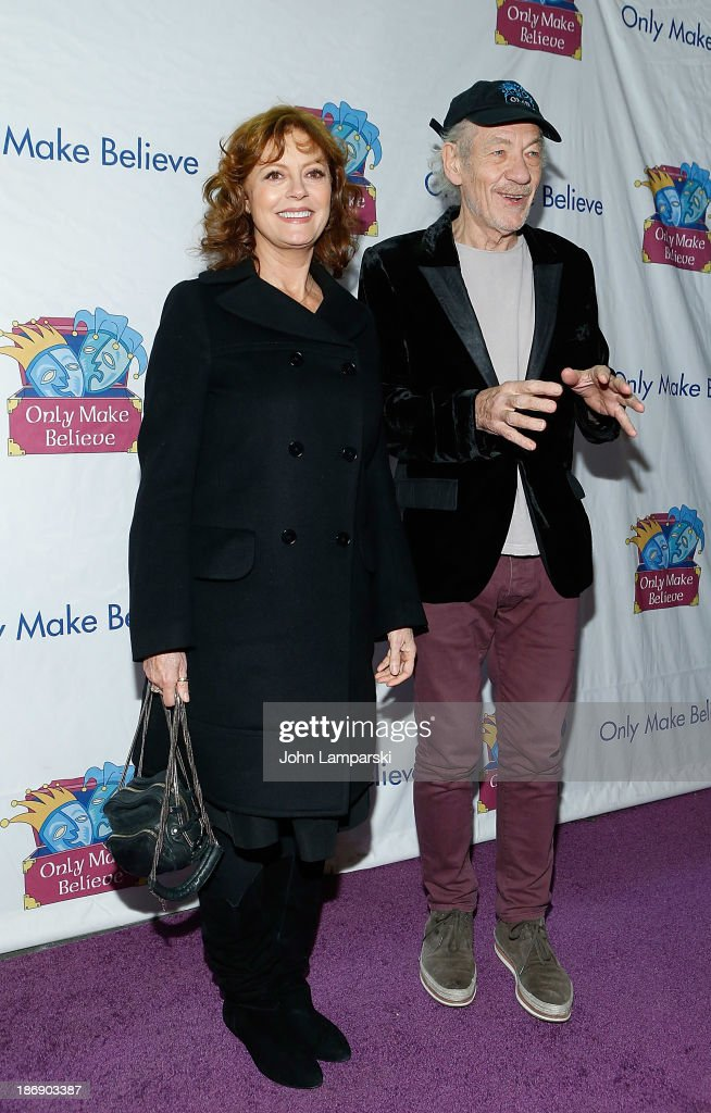 <a gi-track='captionPersonalityLinkClicked' href=/galleries/search?phrase=Susan+Sarandon&family=editorial&specificpeople=202474 ng-click='$event.stopPropagation()'>Susan Sarandon</a> and Sir Ian McKellan attend the 14th annual Make Believe On Broadway gala>> at The Bernard B. Jacobs Theatre on November 4, 2013 in New York City.