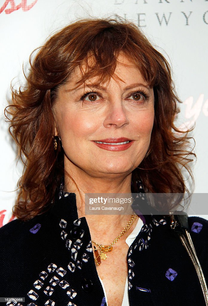 Susan Sarandon attends the 'I'll Eat You Last: A Chat With Sue Mengers' Broadway opening night on April 24, 2013 in New York City.