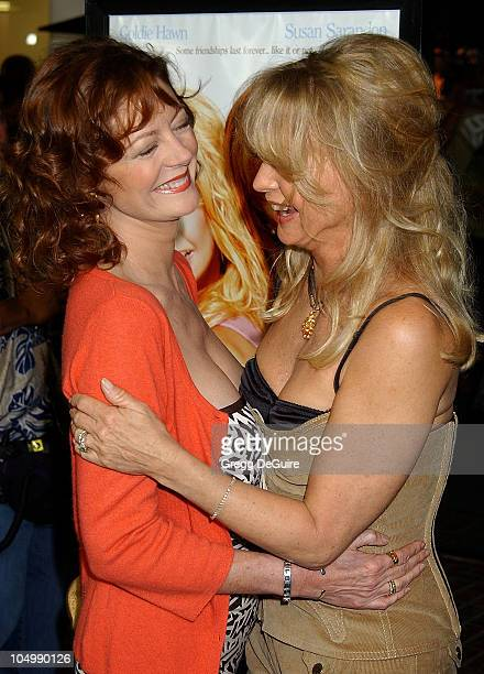 Susan Sarandon Goldie Hawn during 'The Banger Sisters' Premiere Los Angeles at The Grove Stadium 14 Theatres in Los Angeles California United States