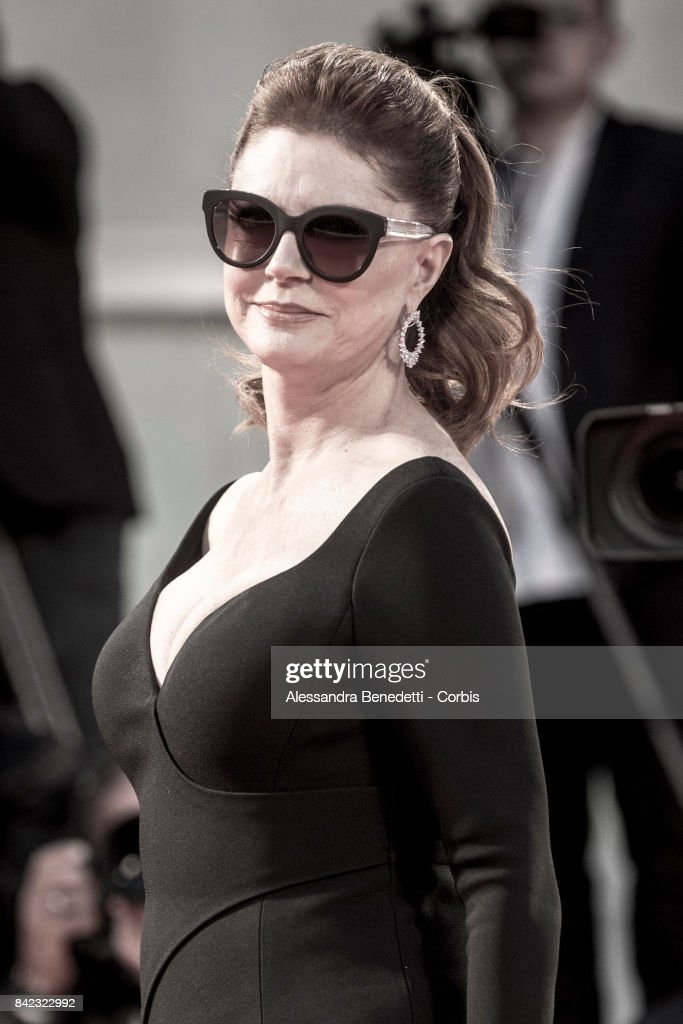 Susan Sarandon walks the red carpet ahead of the 'The Leisure Seeker (Ella & John)' screening during the 74th Venice Film Festival at Sala Grande on September 3, 2017 in Venice, Italy.