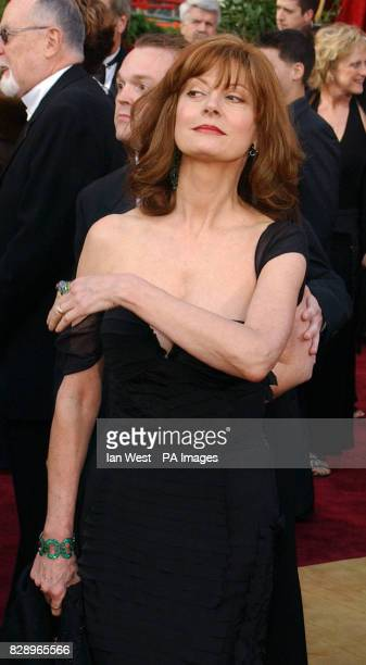 Susan Sarandon wearing a dress by Gucci arrives at the Kodak Theatre in Los Angeles for the 76th Academy Awards Susan is wearing a dress by Tom Ford...