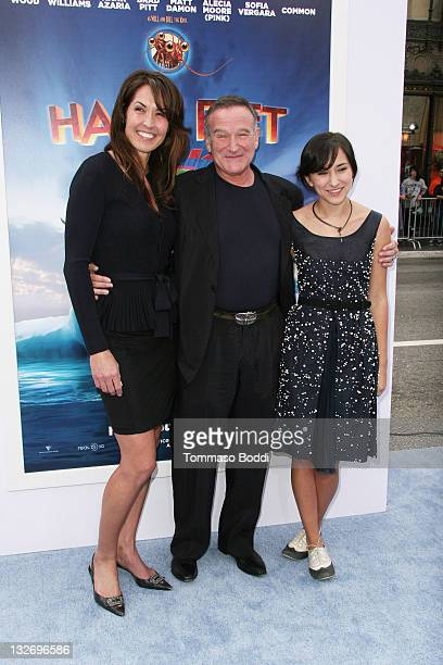 Susan Schneider Robin Williams and Zelda Williams attend the 'Happy Feet Two' Los Angeles premiere held at the Grauman's Chinese Theatre on November...