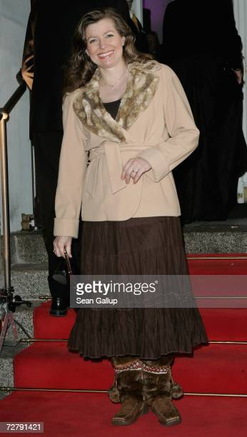 Susan Stahnke arrives for the Berlin premiere of 'Dance of the Vampires' at the Theater des Westens on December 10 2006 in Berlin Germany