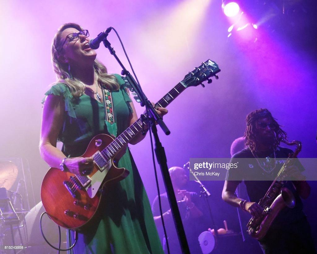 Susan Tedeschi of Tedeschi Trucks Band performs at The Fox Theatre on July 15, 2017 in Atlanta, Georgia.
