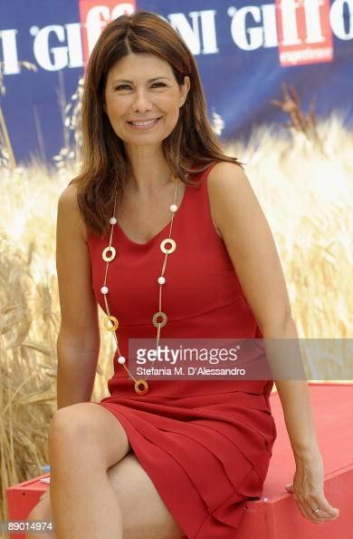 Susanna Messaggio Nude Photos 98