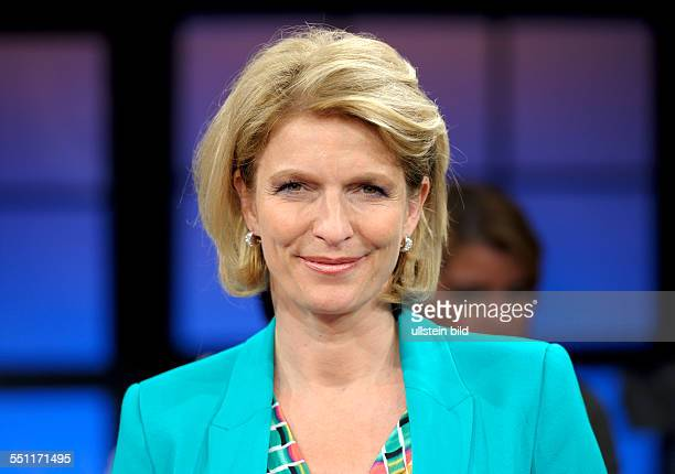Susanne HOLST TVJournalist