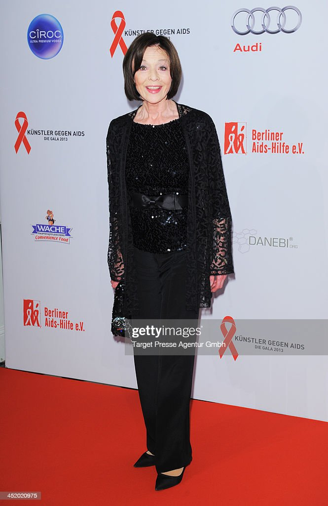 <a gi-track='captionPersonalityLinkClicked' href=/galleries/search?phrase=Susanne+Juhnke&family=editorial&specificpeople=241221 ng-click='$event.stopPropagation()'>Susanne Juhnke</a> attends the Artists Against Aids Gala 2013 (Kuenstler gegen Aids Gala 2013) at Stage Theater on November 25, 2013 in Berlin, Germany.