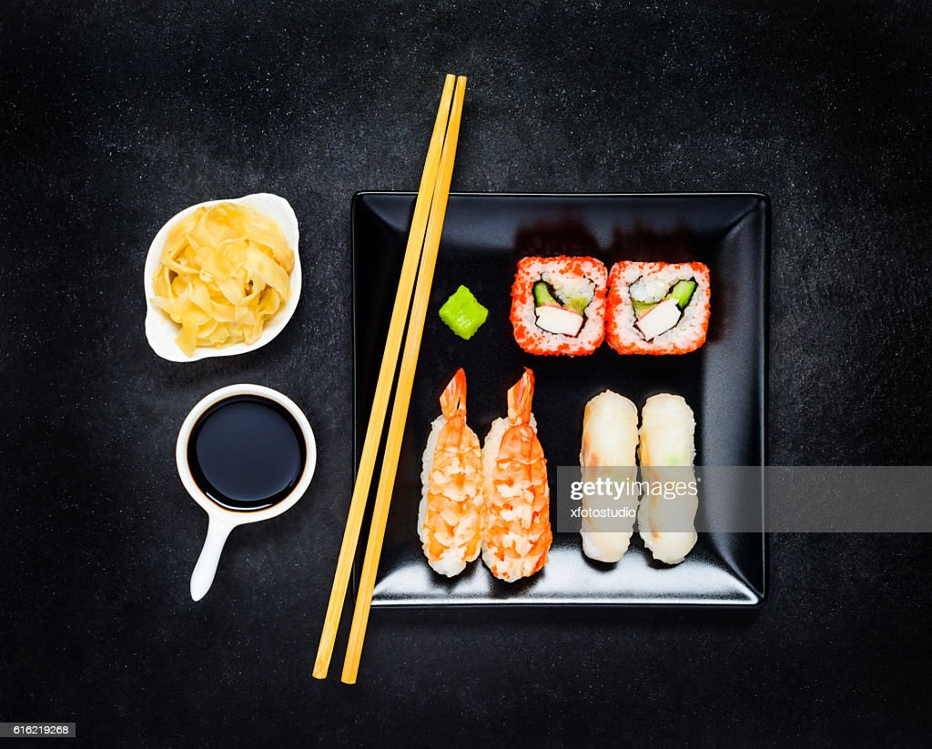 Sushi with Nigiri and Soy Sauce with Ginger : Stock-Foto