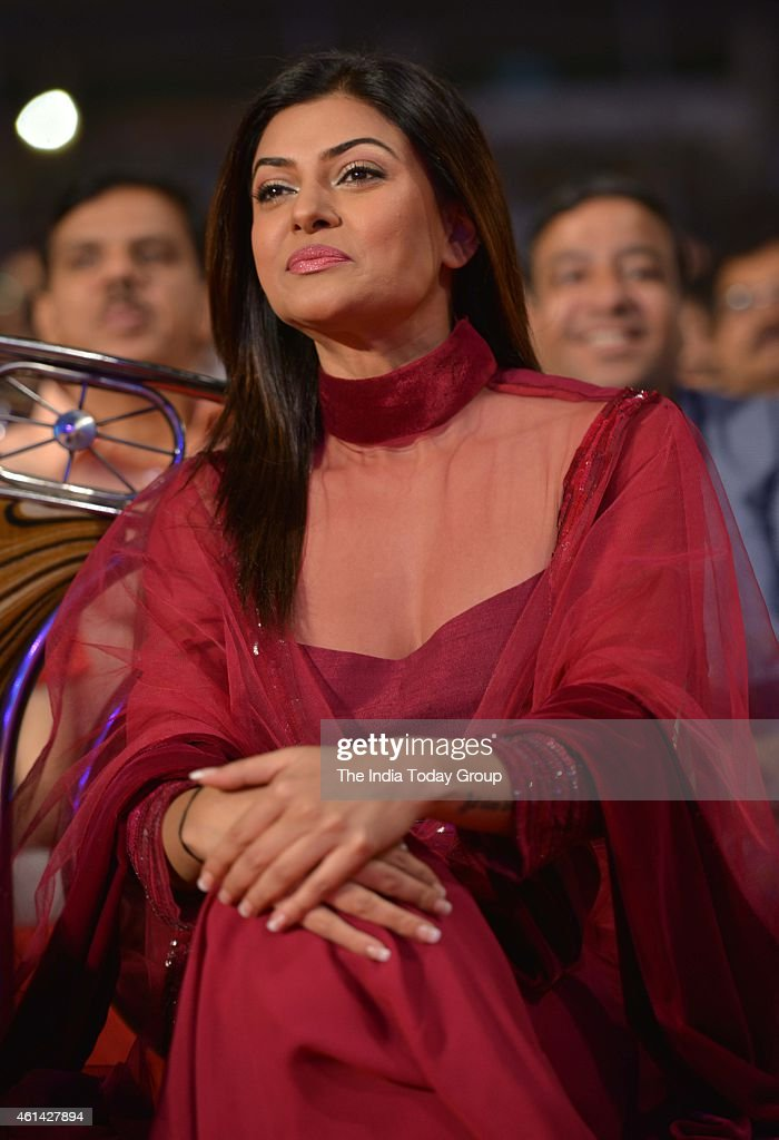 <a gi-track='captionPersonalityLinkClicked' href=/galleries/search?phrase=Sushmita+Sen&family=editorial&specificpeople=728099 ng-click='$event.stopPropagation()'>Sushmita Sen</a> in Mumbai police show UMANG at Andheri sports complex.